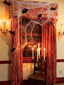 How To Make Spooky Halloween Decorations 36 Best Spooky Diy Decorations For Halloween