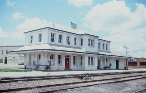 amtrak dothan station former atlantic coast line depot