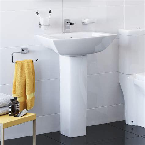 better bathrooms veneto basin pedestal