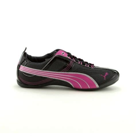 womens takala athletic shoe sneakers