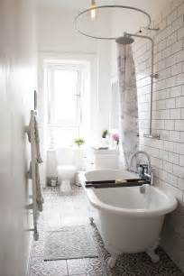 bath and shower in small bathroom 25 best ideas about narrow bathroom on