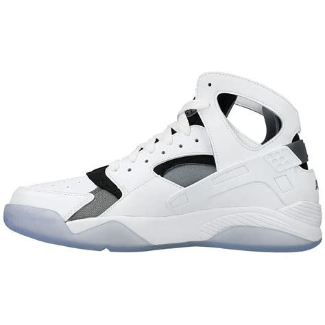 Nike Air Flight Huarache nike air flight huarache 705005 100 white black en