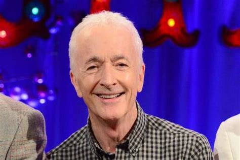 anthony b daniels anthony daniels my c 3po suit is so uncomfortable