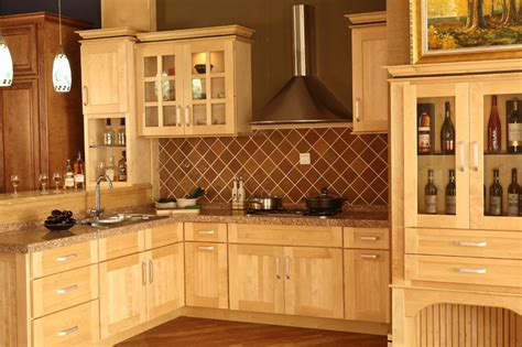 Maple Kitchen Ideas by The Maple Kitchen Cabinets For Your Home My