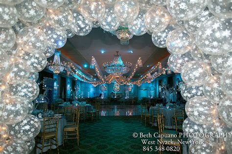 sweet 16 winter decorations winter themed bar and bat mitzvahs it up