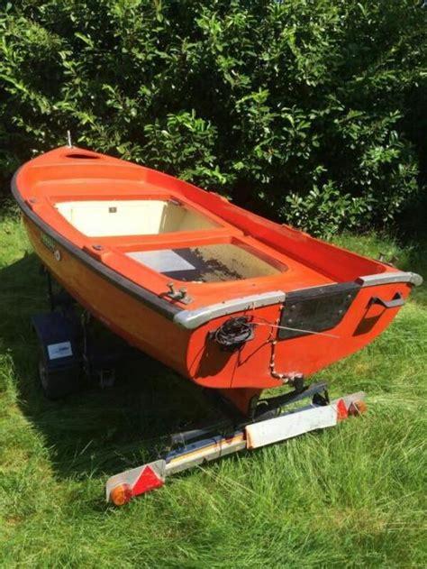 polyester roeiboot kopen polyester roeiboot met trailer tweedehands en nieuwe