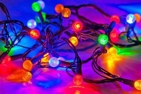 christmas lights on houses wallpaper