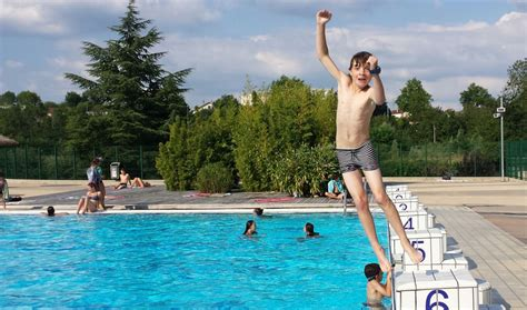 freedom boat club beverly reviews public pool rules in france require that your swimsuit