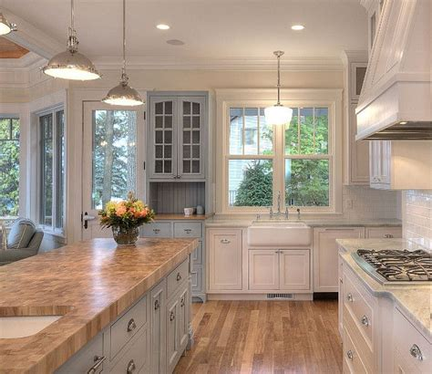 white kitchen cabinets wall color wall paint color antique white by sherwin williams blue