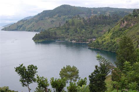 bukit tarabunga melihat danau toba  bukit  sumatera