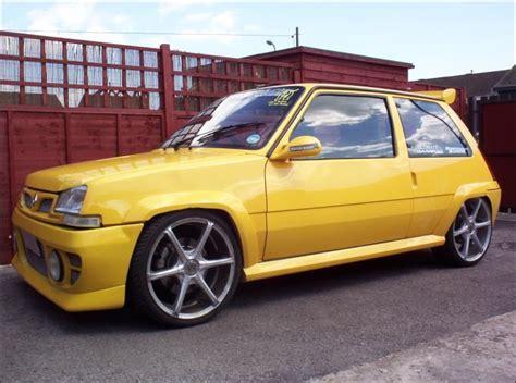 renault yellow sarı renault 5 yellow renault 5 turbo renault hakkında