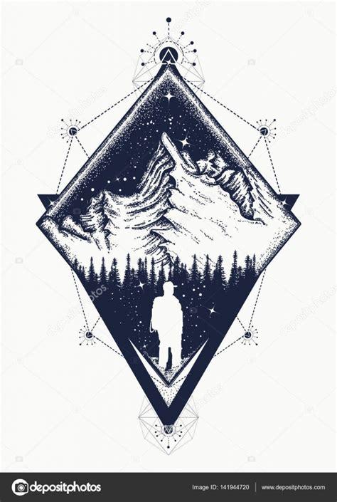 art de tatouage de style triangulaire de montagne symbole