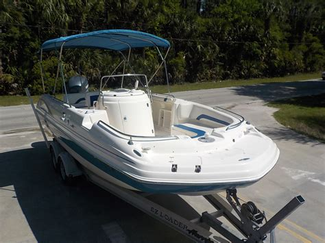 hurricane deck boat hull hurricane sd 231 fun deck 2006 for sale for 22 900