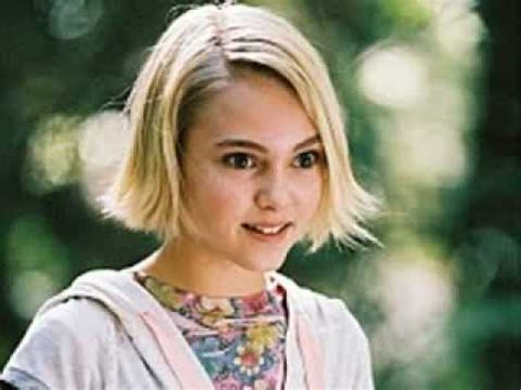 annasophia robb bridge to terabithia song annasophia robb and josh hutcherson quot bridge to terabithia