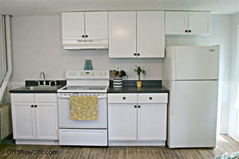 apartment kitchen makeover rustoleum cabinet transformations apartment progress