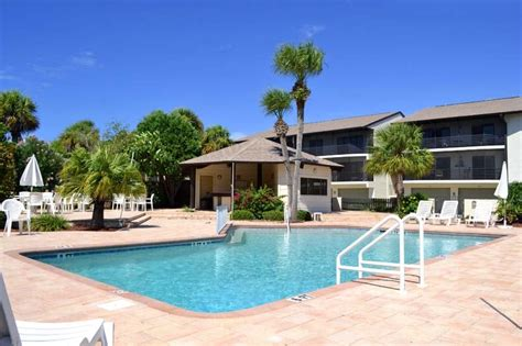 Manasota Key Cottages by Island Gulf Realty