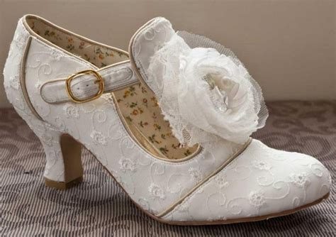 Schuhe Braut Vintage by Dorothy Vintage Wedding Bridal Low Heel Shoes
