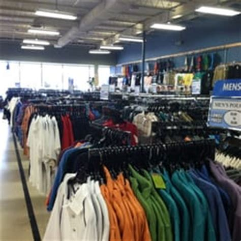 rugged wear house rugged wearhouse discount store alexandria va reviews photos yelp