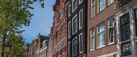 airbnb amsterdam airbnb in amsterdam steeds drukker duurder en professioneler