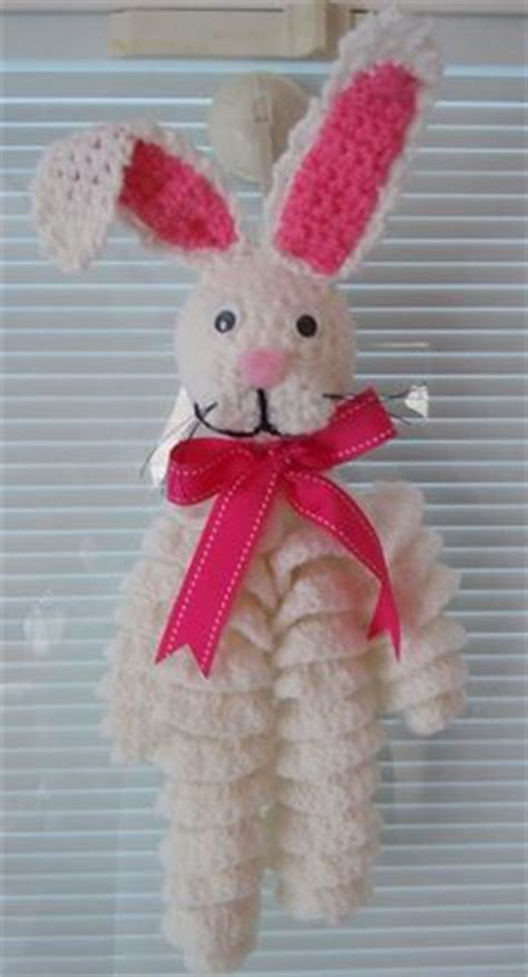 pin easter bunny free patterns and bunny motifs on pinterest crochet peace signs on pinterest peace signs peace