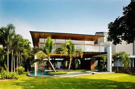 seafront home in singapore with underwater media room stunning beachfront home with under pool media room