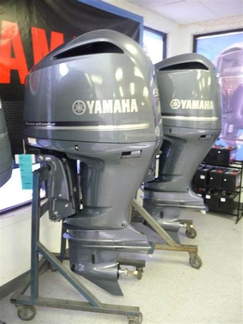 300 hp outboard motor 2012 new arrival yamaha 300hp 4 stroke outboard motor