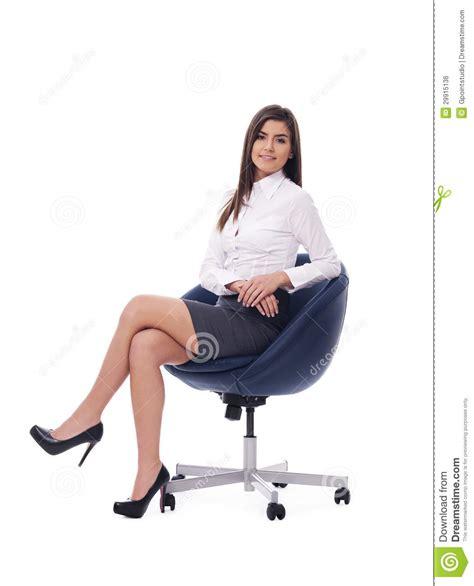 sulla sedia donna di affari sulla sedia immagine stock libera da