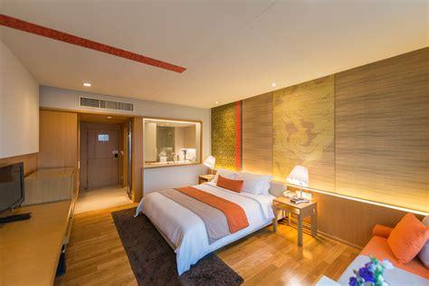 superior room superior room luxury hotel pathumwan princess bangkok