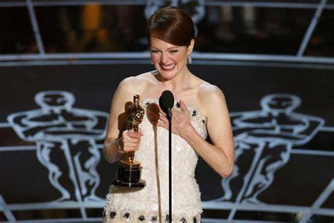 film oscar julianne moore oscars 2015 birdman soars on best picture win eddie