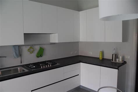 top cucina grigio gallery of ville moderne cucina grigia colore pareti
