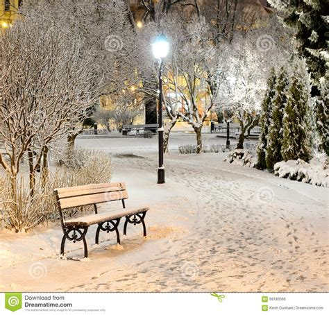 L Post At by New York City Winter Park Bench Stock Photo Image 68180566