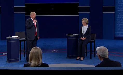 trump room donald trump defends remarks caught on video as locker
