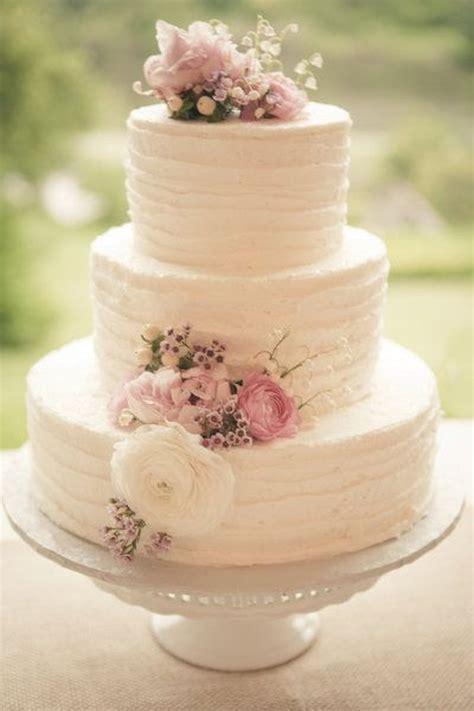 Wedding Cake Buttercream by 2014 Wedding Cake Trends 3 Buttercream Bridal