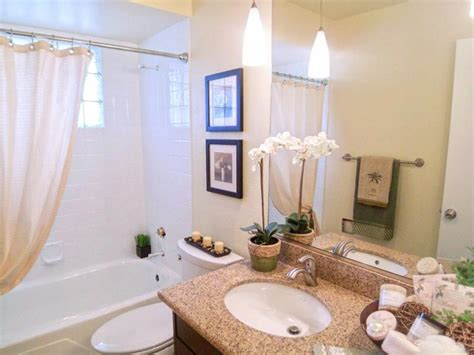 Staging Bathroom Ideas Portland Or Model Condo Gets Staged For A Sale Before After