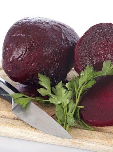 alimenti vegetali ricchi di ferro barbabietole 12 alimenti vegetali ricchi di ferro