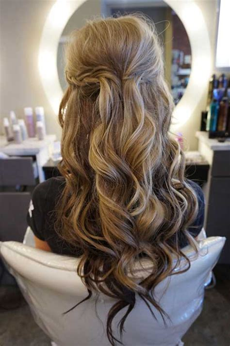 Wedding Hairstyles Half Up Half With Curls by 25 Hair With Curls Hairstyles 2016 2017