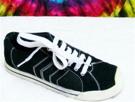 Steve Madden Tennis Shoes by Size 6 Black Canvas Steve Madden Sneakers Tennis Shoes Ebay
