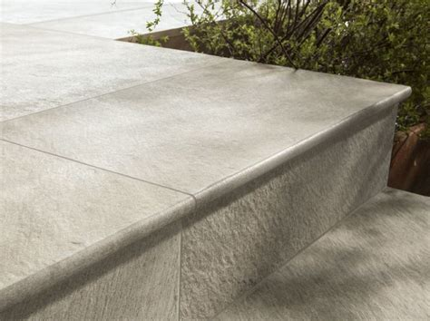 pavimenti step pavimento per esterni in gres porcellanato dual step