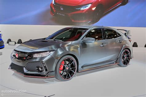 2018 Honda Civic Type R Flies on Nurburgring ahead of US