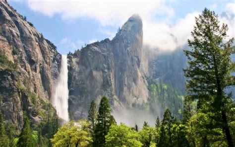 Sprei Winter California free yosemite wallpaper bridalveil fall