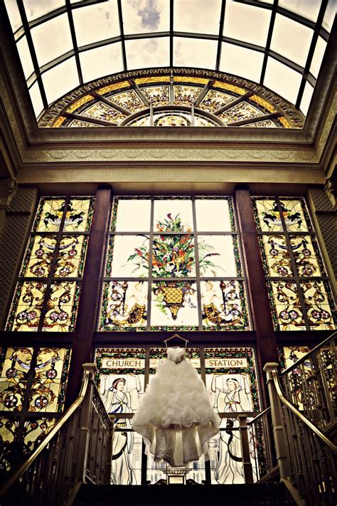deco wedding venues deco wedding gilded to the hilt onewed