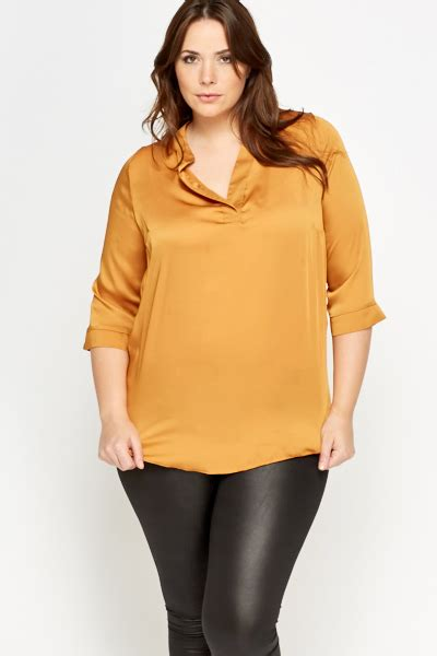 Top Mustard v neck mustard top just 163 5