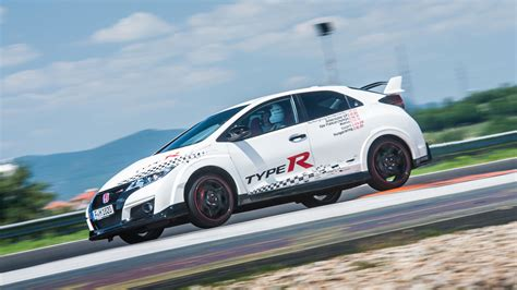 Civic Type R Front Wheel Drive by Honda Civic Type R Sets Fwd Record At 5 Iconic Racetracks