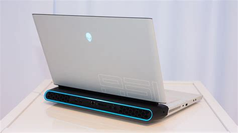 alienware area 51m brings desktop gaming pc power to the laptop at ces 2019 cnet