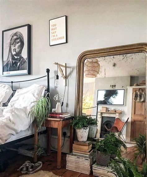 spiegel für schlafzimmer spiegel gro 223 er spiegel f 252 r das schlafzimmer s das