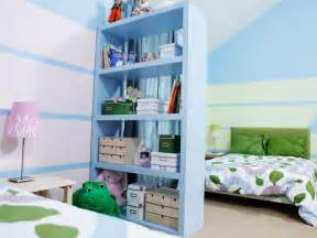 how to divide a shared kids room hgtv