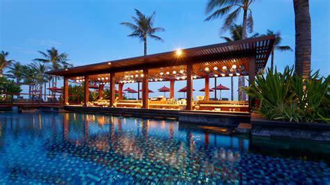 pool and bar 6 amazing swim up hotel pool bars traveler s joy