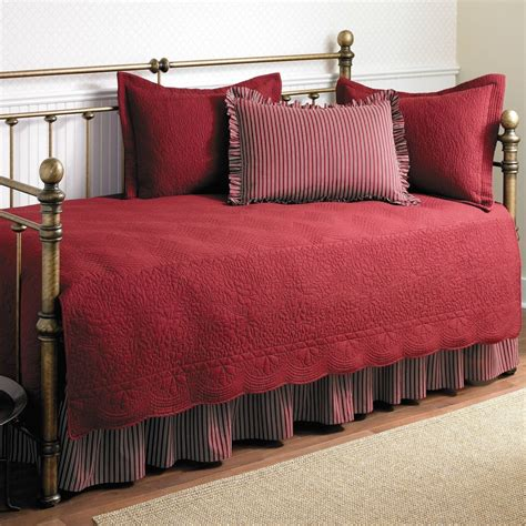twin bed quilt size twin size 5 piece daybed cover ensemble quilt set in