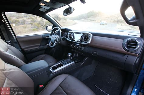 Tacoma 2016 Interior by 2016 Toyota Tacoma Interior 002 The About Cars