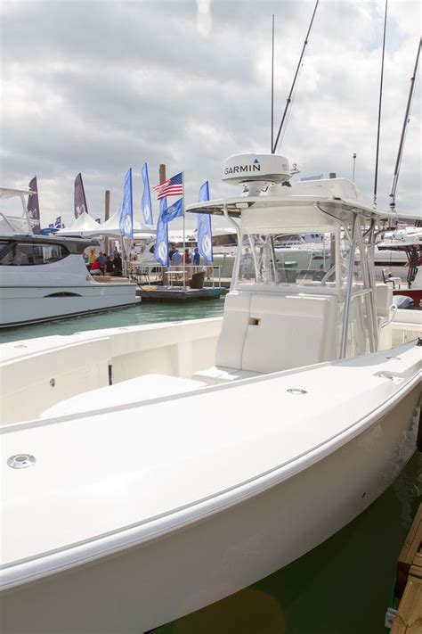 center consoles over 30 feet at miami boat show sport - Center Console Boats Over 30